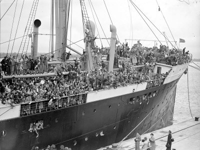 Basque refugee children from Bilbao crowd the deck of the SS Habana