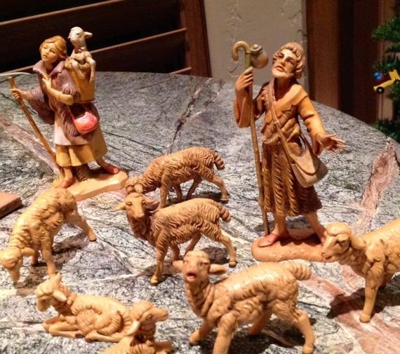Pastores en el Nacimiento de Elaine Ambrose