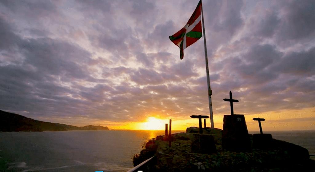 """Fotograma del vídeo """"Ikusi - Wanderings in Basque Country"""""""