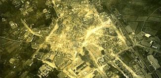 Foto inéditas del Gernika bombardeado del día 28 de Abril de 1937 En el fondo documental del coronel rebelde Francisco Iglesias Brage, que se custodia en el Archivo del Reino de Galicia.