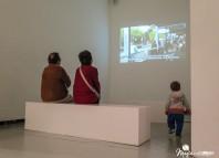 Nuestro protagonista en una de las salas del Guggenheim Bilbao