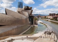 Bilbao, architecture, industrial and interior design, new technologies, fashion, audio-visual, video games, and crafts industries all belong to the Bilbao Bizkaia Design and Creativity Council (BiDC), a 150-member body that fosters design and creativity through projects, initiatives, and exhibitions. Creativity has led this city in northern Spain to new heights as it continues a decades-long economic and community transformation.