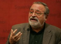 Fernando Savater entrevistado en Brasil