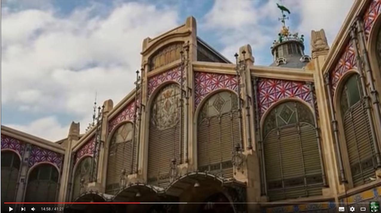 El Mercado Central de Valencia está, según esta serie, en Pamplona