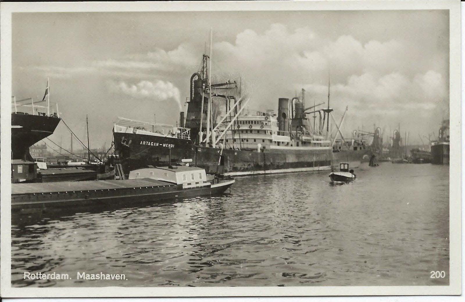El Artagan Mendi, un barco construido en los Astilleros Euskalduna y finalizado un 12 de octubre de 1917, es decir hace 100 años, ha sido uno de los elementos recogidos de forma simbólica en esta proyección.
