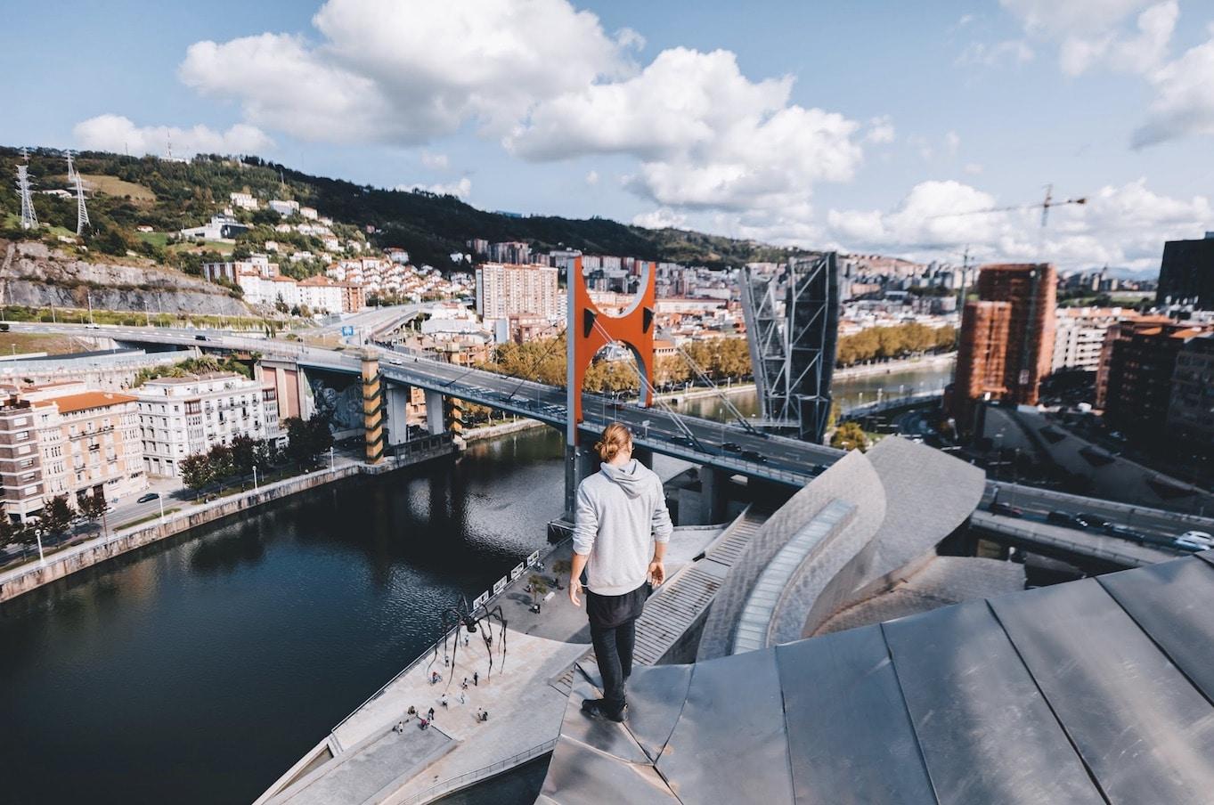 Google-ek Museoaren XX.urteurrenagatik duen proiektua Guggenheim Bilbo argazkia. Trashhanden argazkia, 2017 – Guggenheim Bilbo Museoaren argazkia)