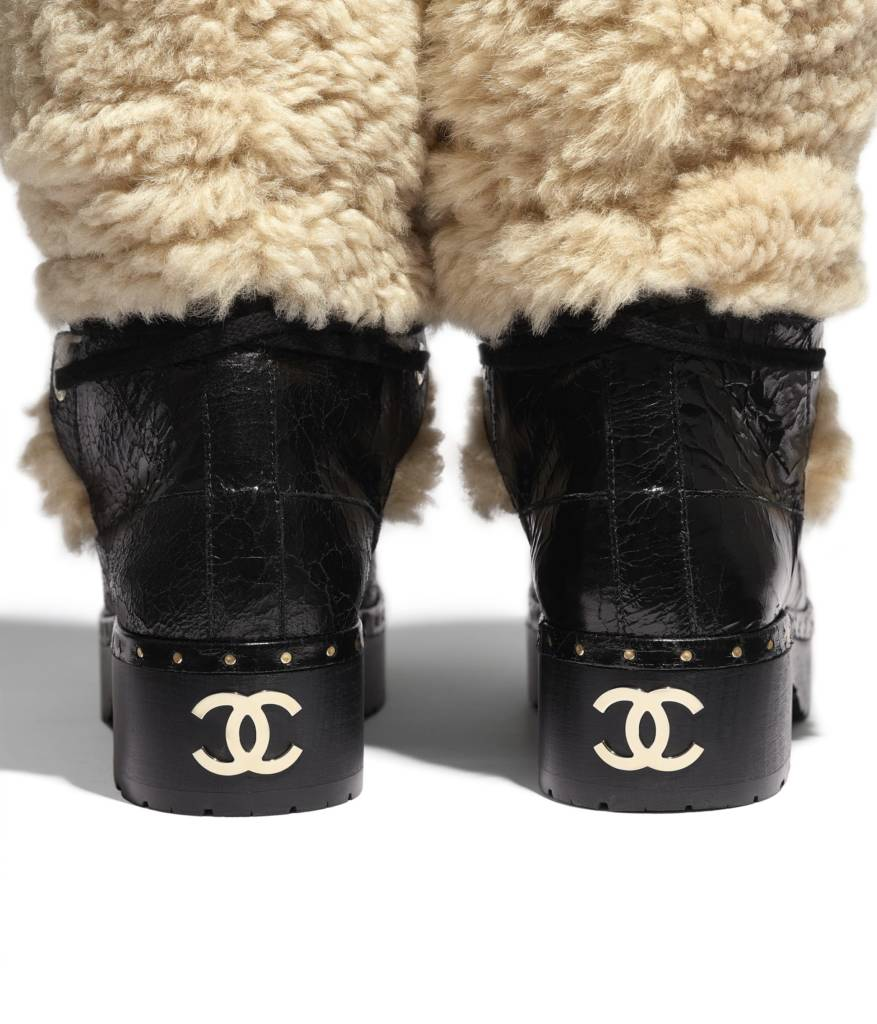 Botal Chanel. Piel lanada y mouton craquelado